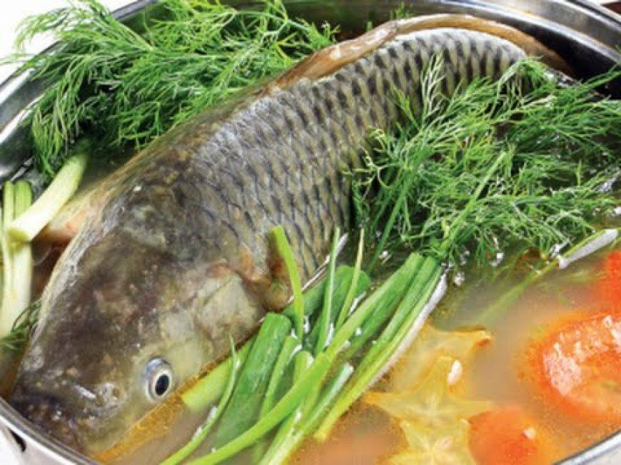 Cá trắm giòn nấu riêu